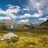 Katharina und ich auf dem Plateau des Trollstigen